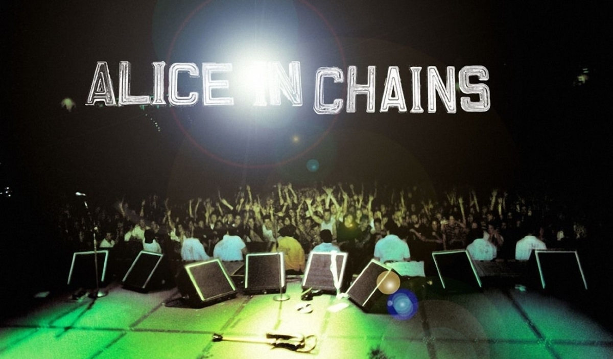 THE BEST OF ALICE IN CHAINS, the band which has livedtwice