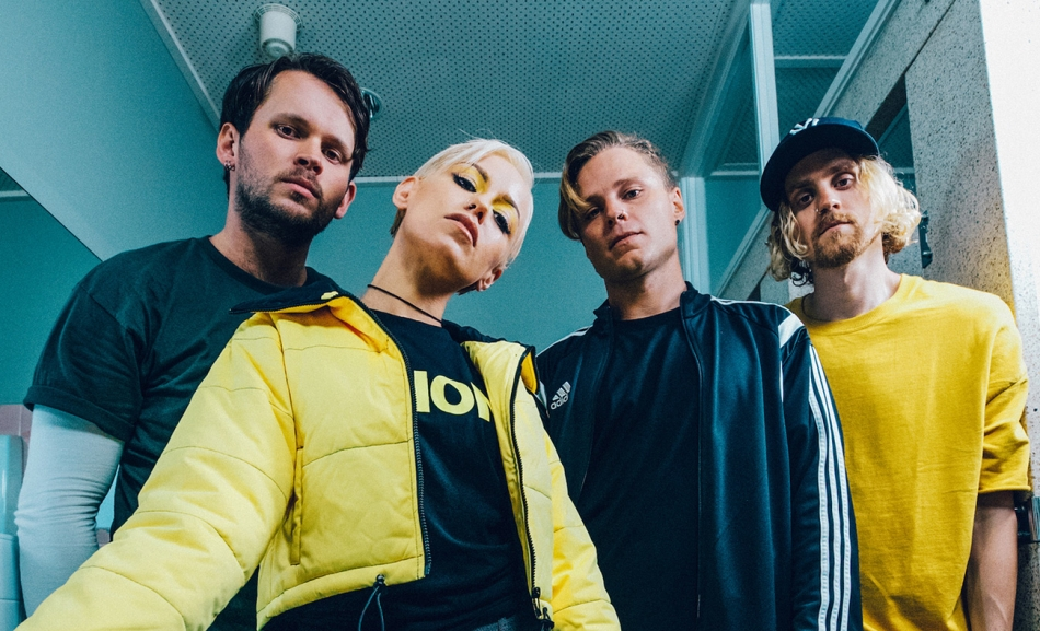 Tonight Alive best 1300.jpg