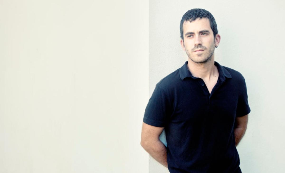 """Quick Review: """"Diario de Vuelo"""" by JoseCarra"""