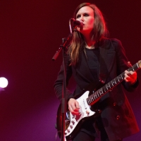 "Quick Review: ""Weird"" by Juliana Hatfield"